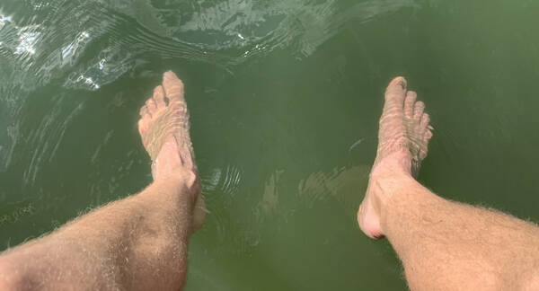 Not like this did nothing to my body, so an ice-cold foot bath in the lake is the absolute best right now