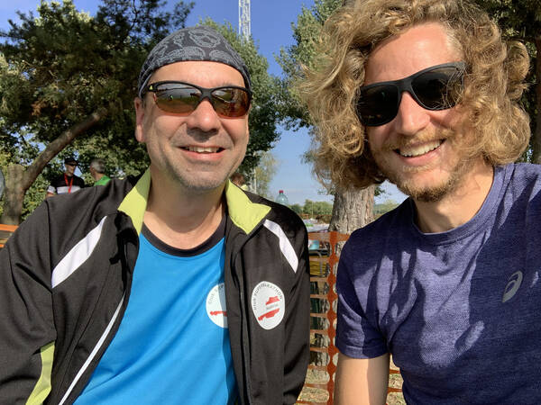 René is also here, I met him last year and then coincidentally, at the Brussels marathon, my EU finale – he also has lots of race recommendations for me