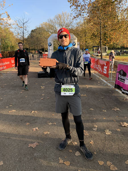 No medal, but a brick as a finisher's gift. Cool! Literally.